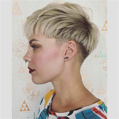 Frisuren und Haare 10 Erstaunliche Kurze Frisuren für Frei Temperamentvolle Frauen!   Frisuren