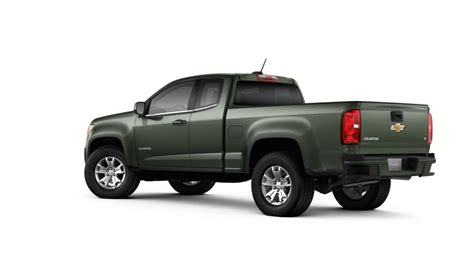 chevy colorado green avon deepwood green metallic 2018 chevrolet colorado at