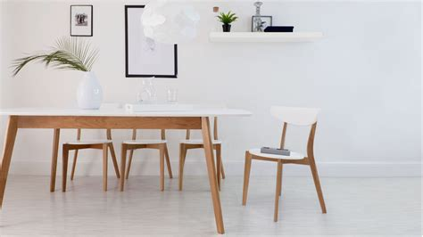 Modern White Dining Table And Chairs Modern White And Oak Extending Dining Set Dining Chairs