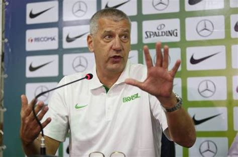 técnico aleksandar petrovic sele 231 227 o de basquete ter 225 varej 227 o e espera por huertas em
