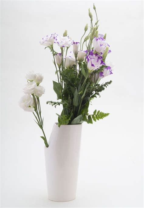 unique flower vases 15 best images about unique vases on pinterest flowers