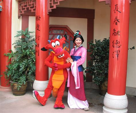 neve cbell meet and greet where to see mulan at disney world build a better mouse trip