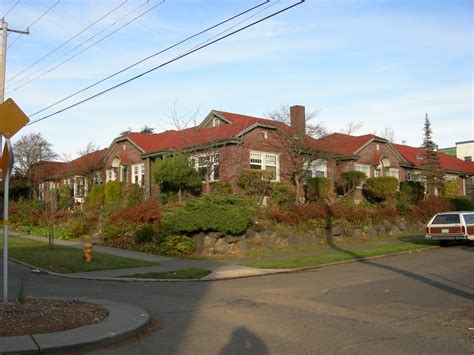 What Is A Garden Apartment by File Seattle Garden Apartments At 18th And Spruce Jpg
