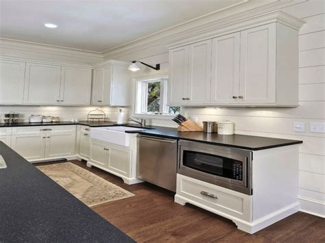 Pottery Barn Kitchen Island by Southern Living Decorations Shiplap Interior Walls
