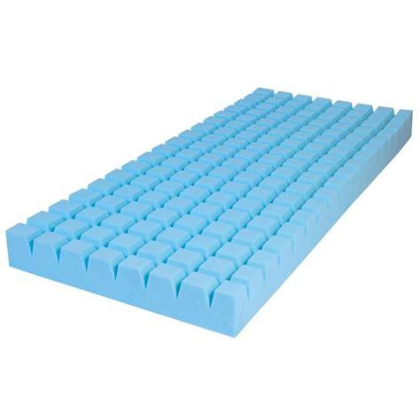 materasso poliuretano materasso ventilato in poliuretano espanso modello intero