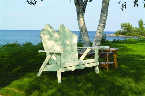 Vila Outer Set outer space spruce up outdoor living with fresh colors