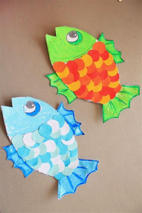 25 best ideas about rainbow fish crafts on 25 best ideas about cd fish crafts on cd