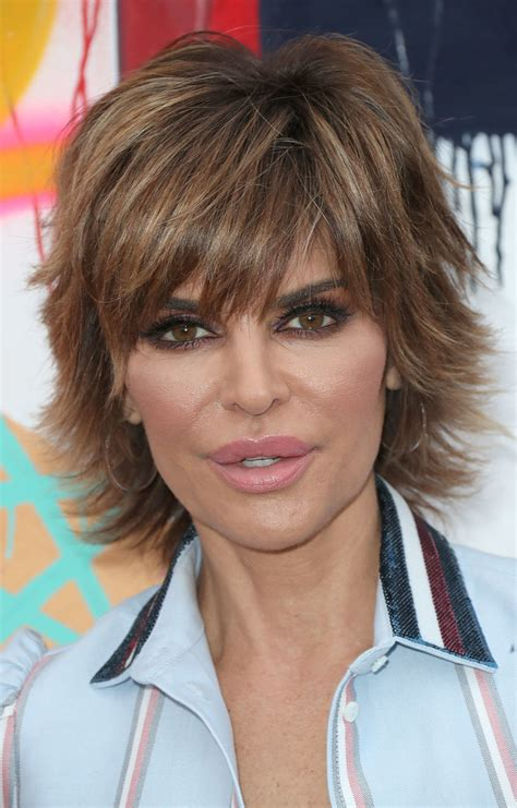 how has lisa rinna gotten so thin lisa rinna layered razor cut short hairstyles lookbook