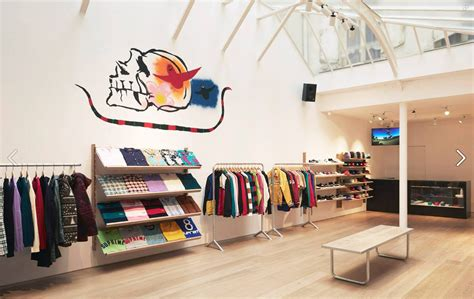 supreme europe store supreme opens in the supreme store has just