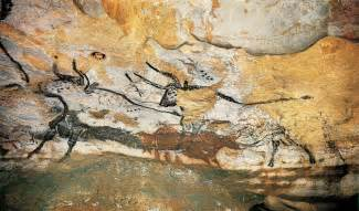 Unusual Wall Murals cave paintings lascaux france the startled iguana