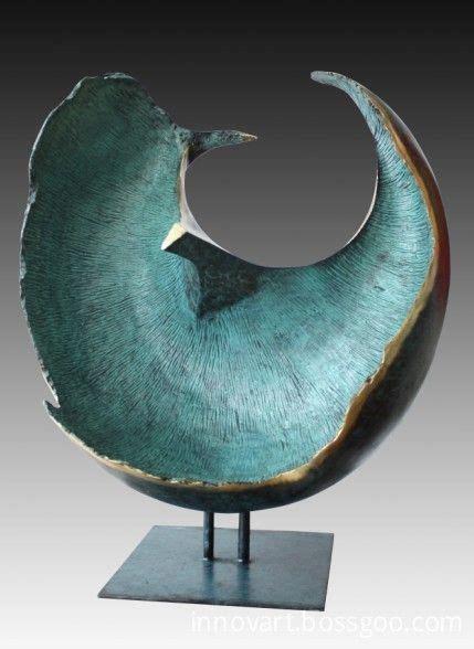 contemporary bronze sculpture best 25 modern sculpture ideas on statue