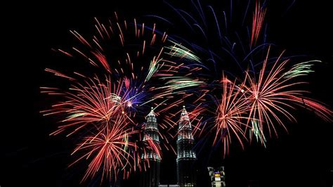 new year malaysia 2014 australia leads world in new year s with sydney