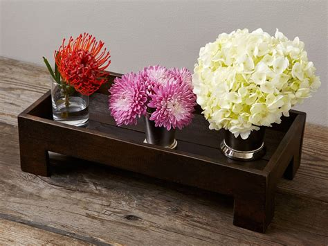 coffee table flower arrangements 1000 images about coffee table centerpieces on pinterest