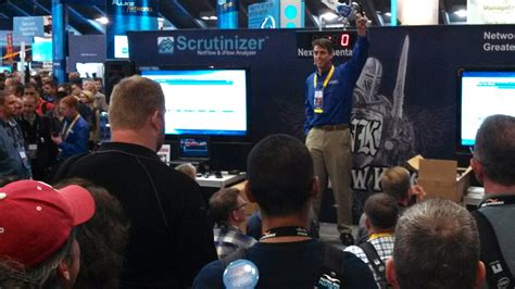 trade show presenter spark presentations spark trade show presenter shines for plixer at cisco live