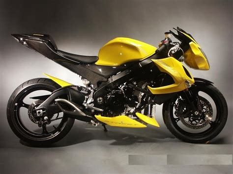 Suzuki Sports Bike Price Suzuki Gsxr 1000 1000cc Sports Bike Price Review