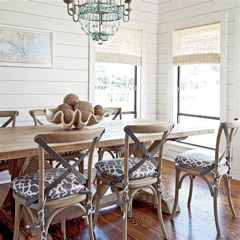 Shiplap Cottage Rustic Shiplap Dining Room 15 Shiplap Wall Ideas For