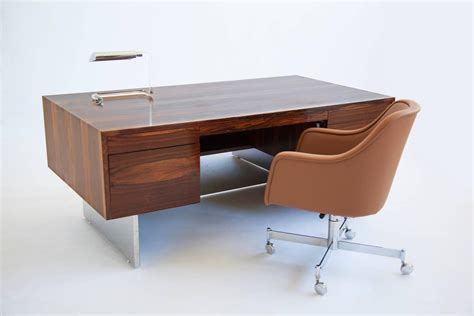 milo baughman rosewood desk milo baughman rosewood executive desk at 1stdibs