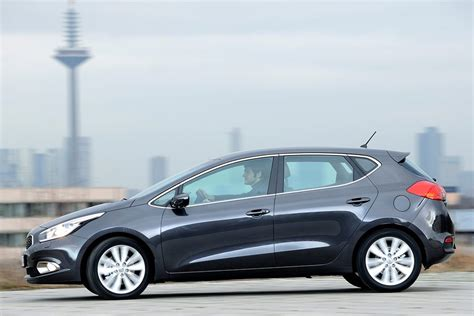 Kia 2013 Mpg 2013 Kia Cee 226 D Review Specs Pictures Price Mpg