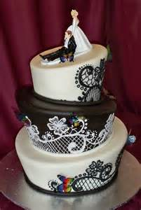 pretty and delicious cake boss wedding cakes with doves wedwebtalks