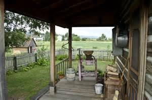 Veranda Design For Small House file looking s across back porch tinsley living farm