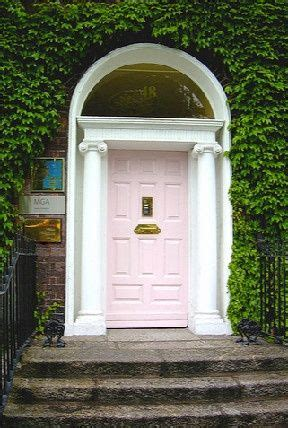 bandanamom entre 17 best images about colorful and stately front doors on