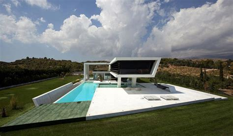 futuristic homes futuristic quot yacht house quot lures with a luxurious lifestyle