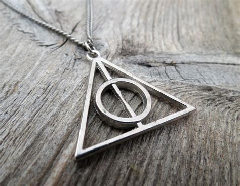 s necklace s geometric necklace s silver