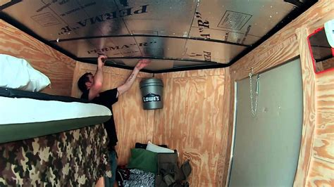 insulating  paneling   roof  enclosed