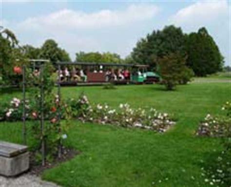 Britzer Garten M44 by Parks Und G 228 Rten