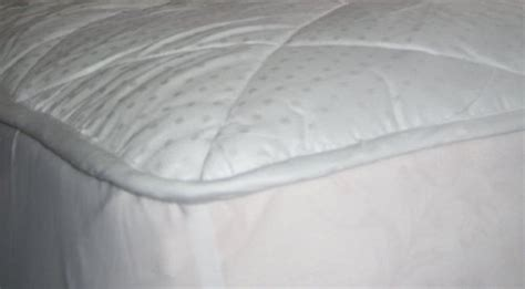 100 Cotton Mattress Pad King by Deluxe 100 Cotton Alternative Fitted Mattress Pad