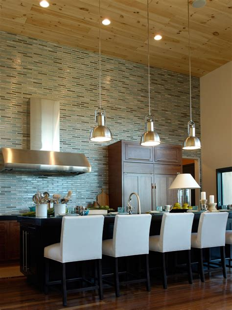 Backsplash Kitchen Design by Glass Backsplash Ideas Pictures Amp Tips From Hgtv Hgtv