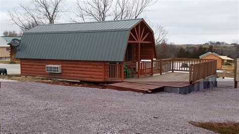 year cabin rentals in chariton iowa country cabins