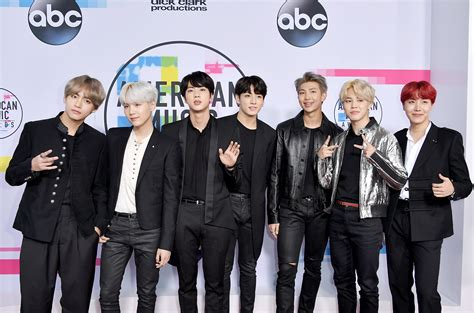 bts on ama bts at the amas the plaid line