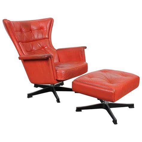 modern leather swivel chair mid century modern leather swivel chair at 1stdibs