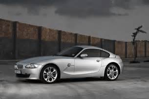 bmw z4 3 0si coupe this of a friend s car using two