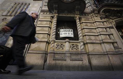 cartel venta piso la demanda de alquileres sube y los precios repuntan en