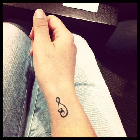 bond tattoos tattoo2 maori symbol pikorua the endless bond between