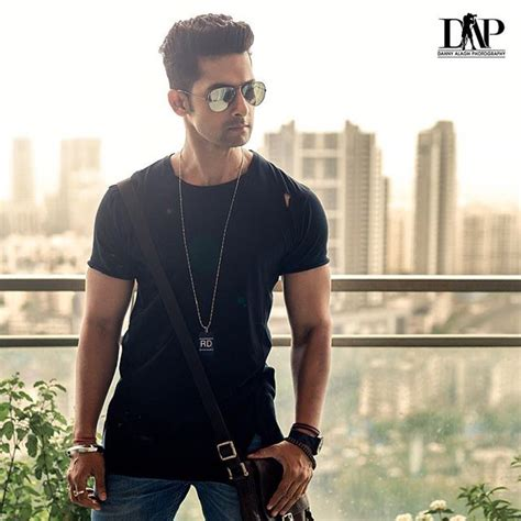Ravi Dubey Photos Pics Latest Wallpapers 2017 Images Watch   Mazale