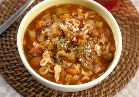 Soups On Minestrone Soup by Vegetarian Minestrone Soup Recipe