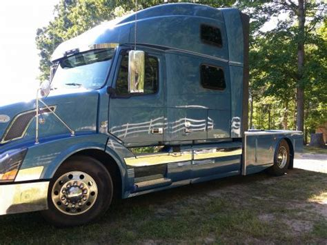 volvo class 8 trucks for sale toters and trucks 2012 volvo vnl 780 located in kerrville