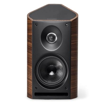 sonus faber venere 2 0 bookshelf speakers walnut demo
