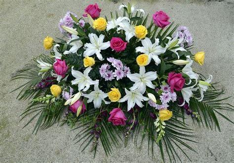 come fare una composizione di fiori freschi addobbi floreali regole di base trucchi di casa