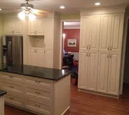 Panda Kitchen Cabinets cabinets and top the off white vanilla maple cabinets with the green