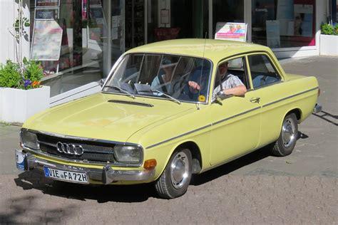 Audi F103 by Audi 60 72 75 90 Fotos Fahrzeugbilder De