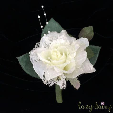 rose theme blanche 1000 id 233 es sur le th 232 me rose boutonniere sur pinterest