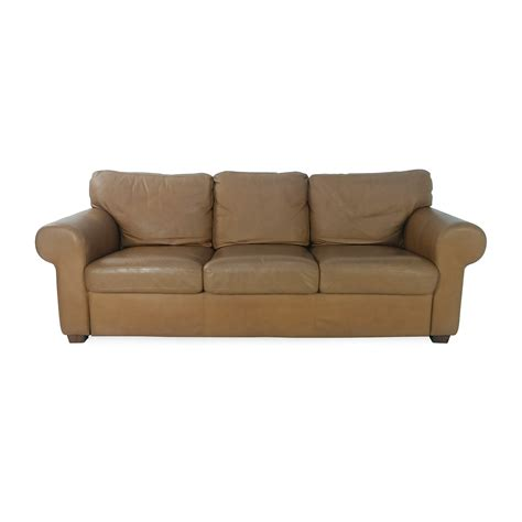 crate and barrel reclining sofa 47 off raymour and flanigan raymour flanigan bryant