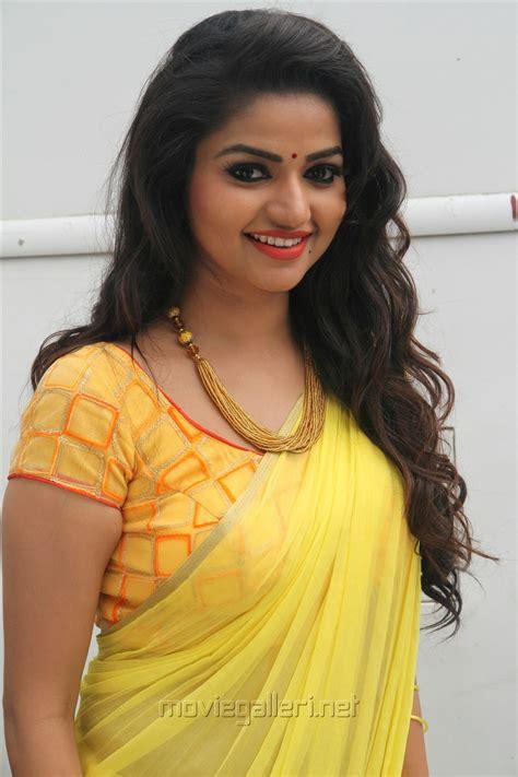 serial heroine photos kannada picture 1156859 actress nithya ram in nandini tv serial