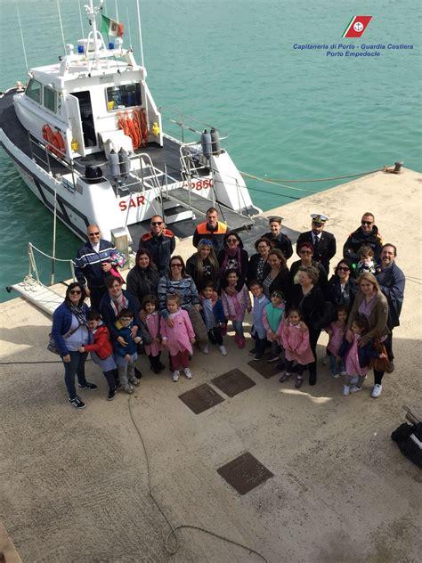 capitaneria di porto di porto empedocle visita dei bambini delle scuole dell infanzia di porto