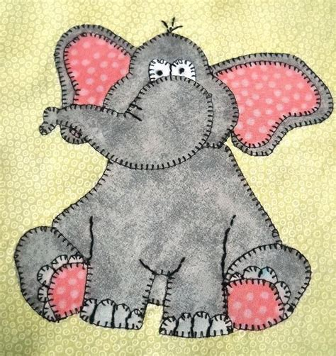 Free Baby Quilt Applique Patterns by Best 25 Baby Applique Ideas On Applique