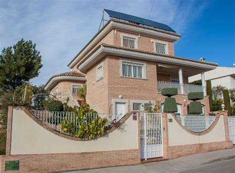 houses for sale in valencia spain
